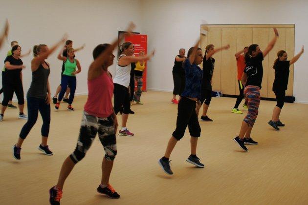 Ausdauer und Tanz im SportQuadrat