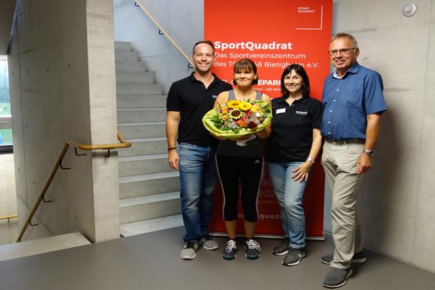 Gewinnerin der Jahresmitgliedschaft im SportQuadrat Petra Wolff