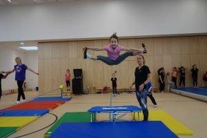 alwa-Kids-Day im SportQuadrat. Trampolin in der großen Bewegungslandschaft